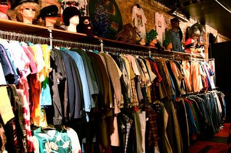 thrift store 5 ways to be more eco friendly